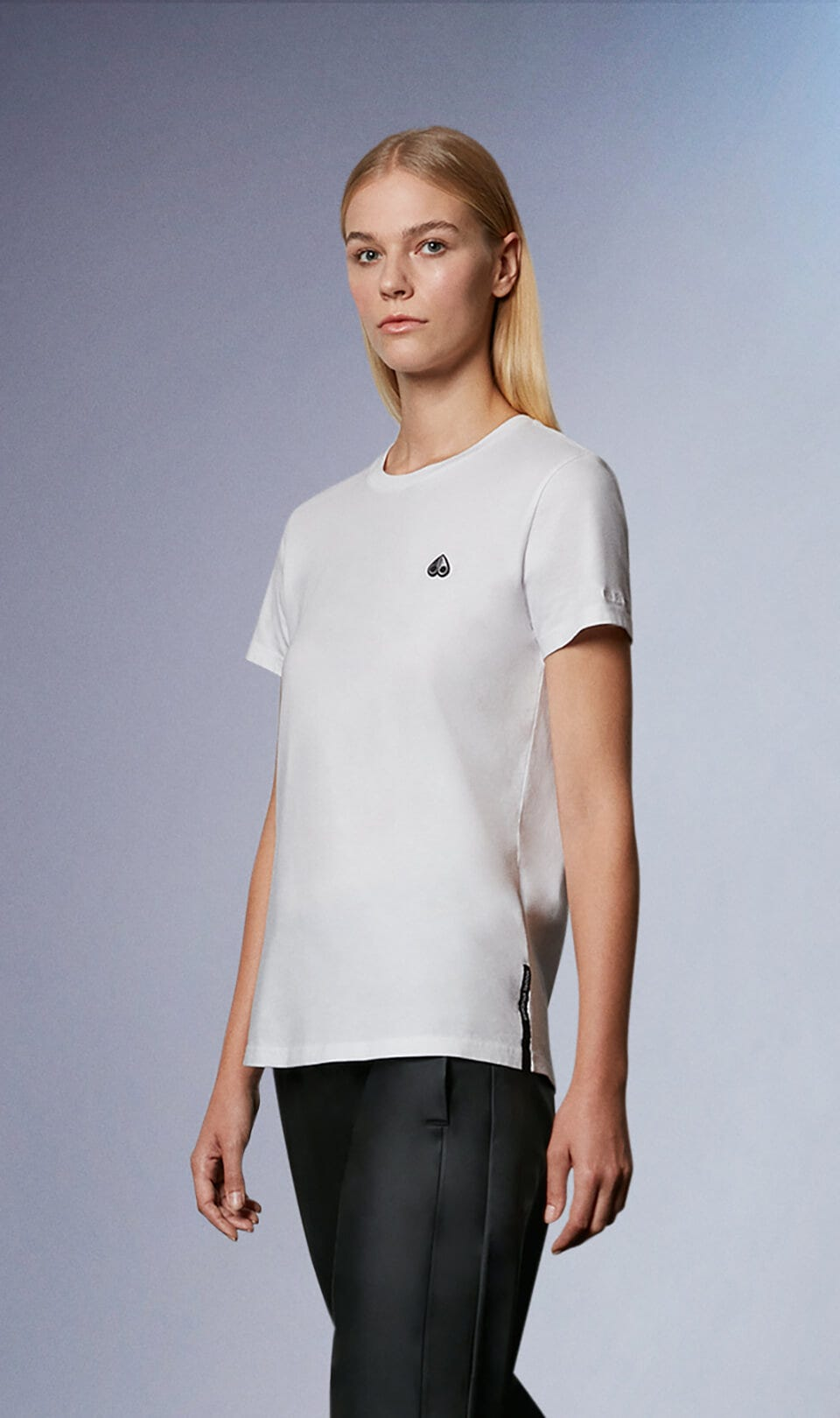 Classic Logo Tee M31LT701 White Front Category