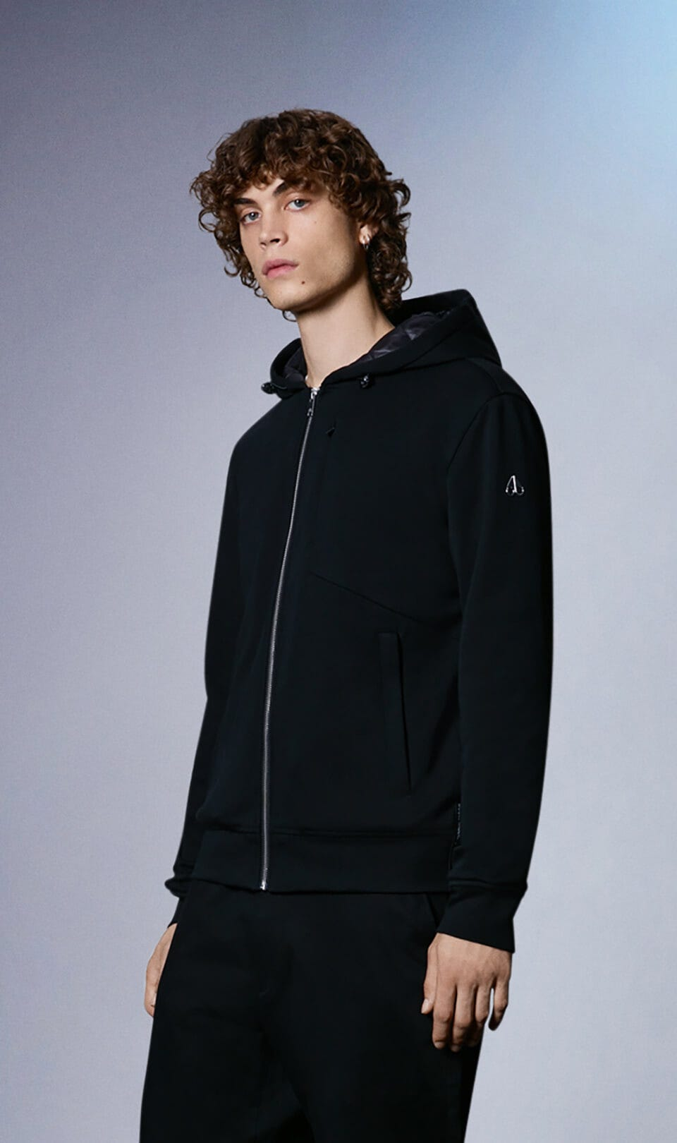 Chilloyneys Hoodie M31MS606 Black Front Category